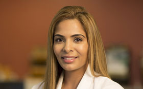 Sajani Shah, MD is a bariatric surgeon at Tufts Medical Center in Boston, MA.