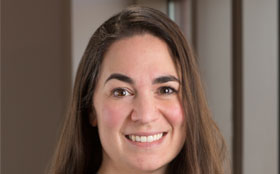 Melissa Parente is the Director of Transplant Services at Tufts Medical Center in downtown Boston, MA.