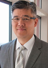 Frederick Chen, MD is the chief of the division of Cardiac Surgery and director of the Cardiac Surgery Program at Tufts Medical Center.