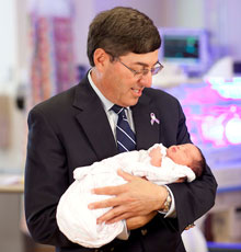 Jonathan Davis, MD is the Chief of the Division of Newborn Medicine at Floating Hospital for Children in downtown Boston, MA.